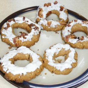 Recipe: Homemade Donuts for Dogs