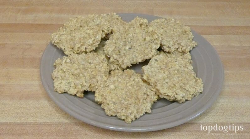 Recipe: DIY Oat Dog Biscuits with Oregano